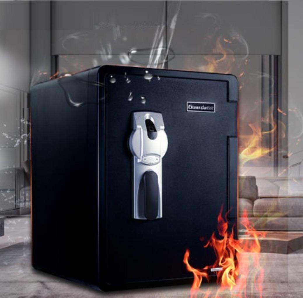 Fireproof and waterproof gun safe